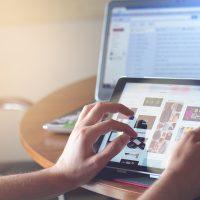 navigare pe internet folosind iPad